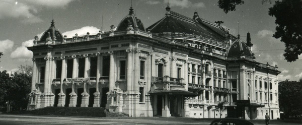 opera hanoi